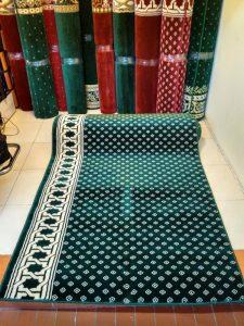 karpet sholat isi 10 di Labuhanbatu